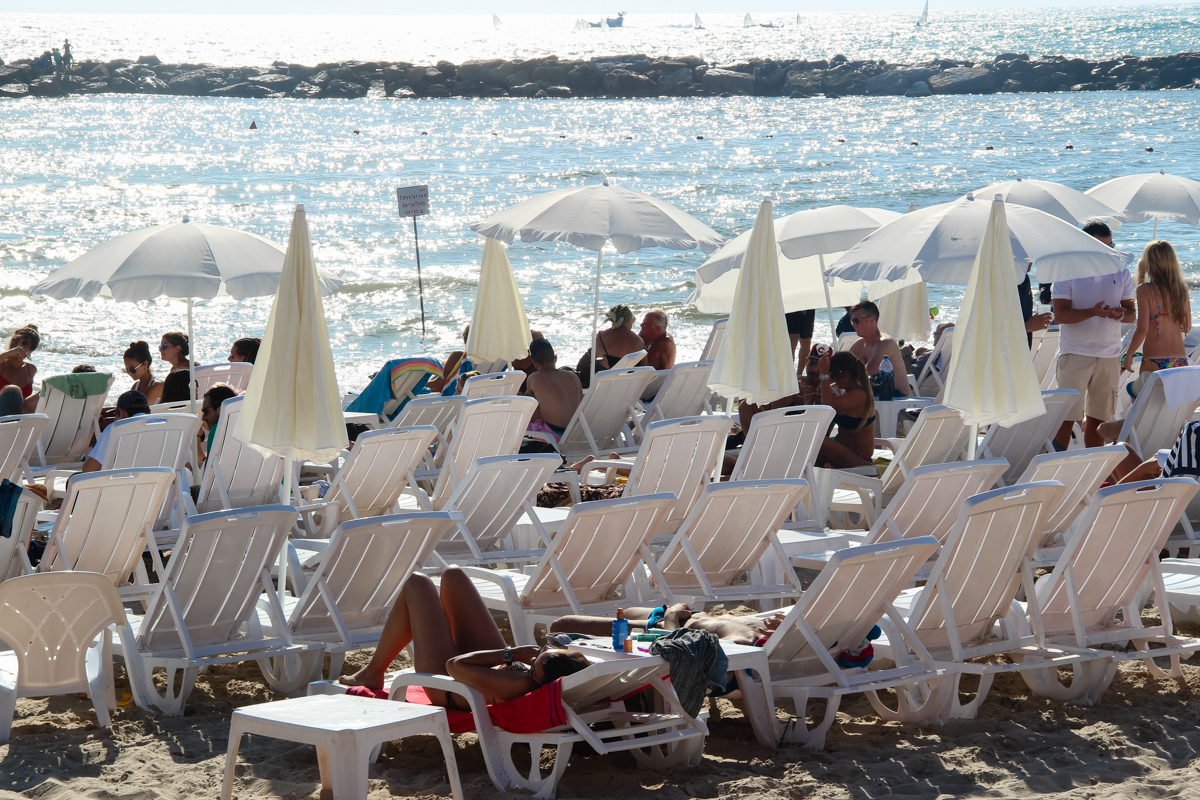 пляж Hilton