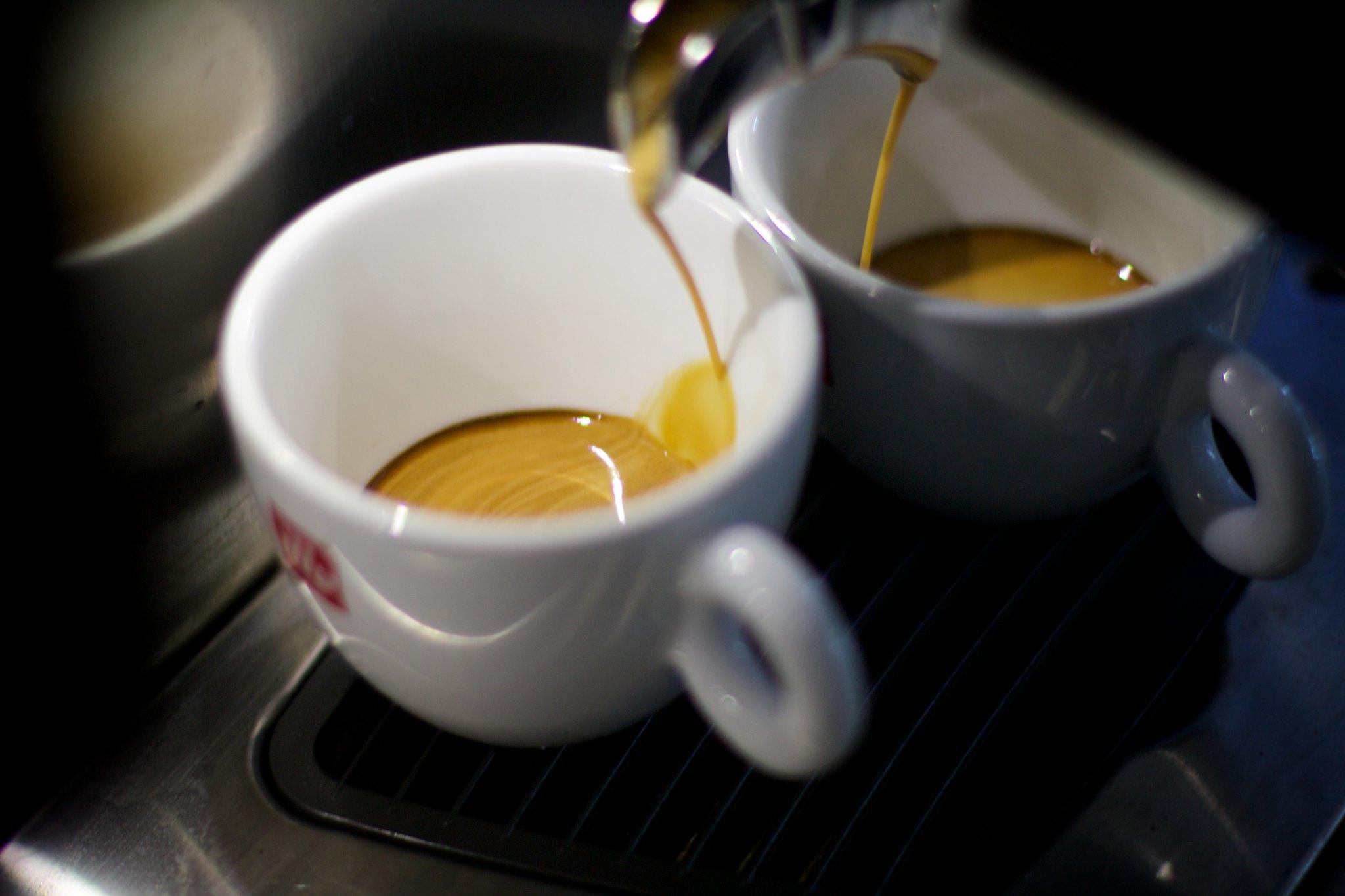 Кофейня Illy