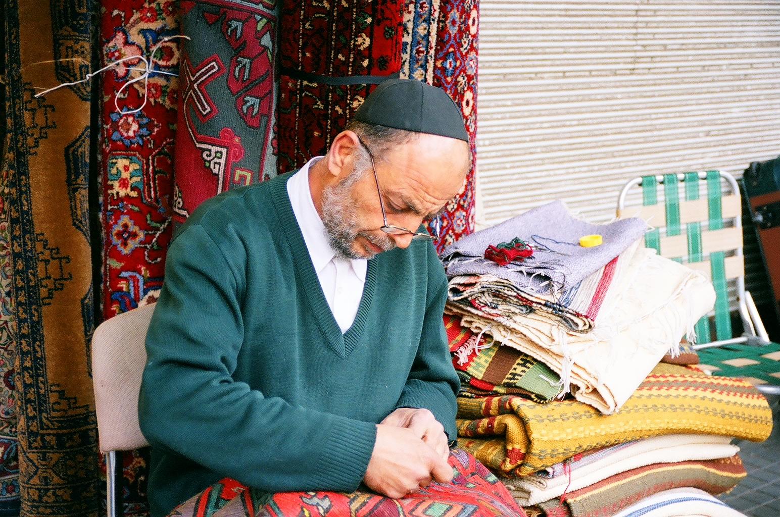 Бары и антиквариат: блошиный рынок в Яффо