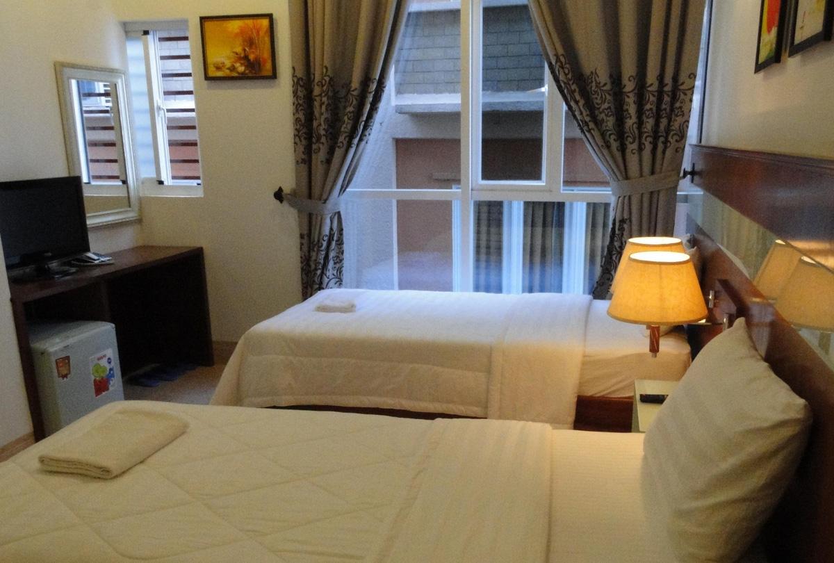Golden Wind Hotel