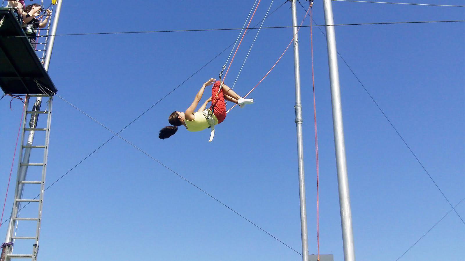 Школа прыжков на трапеции