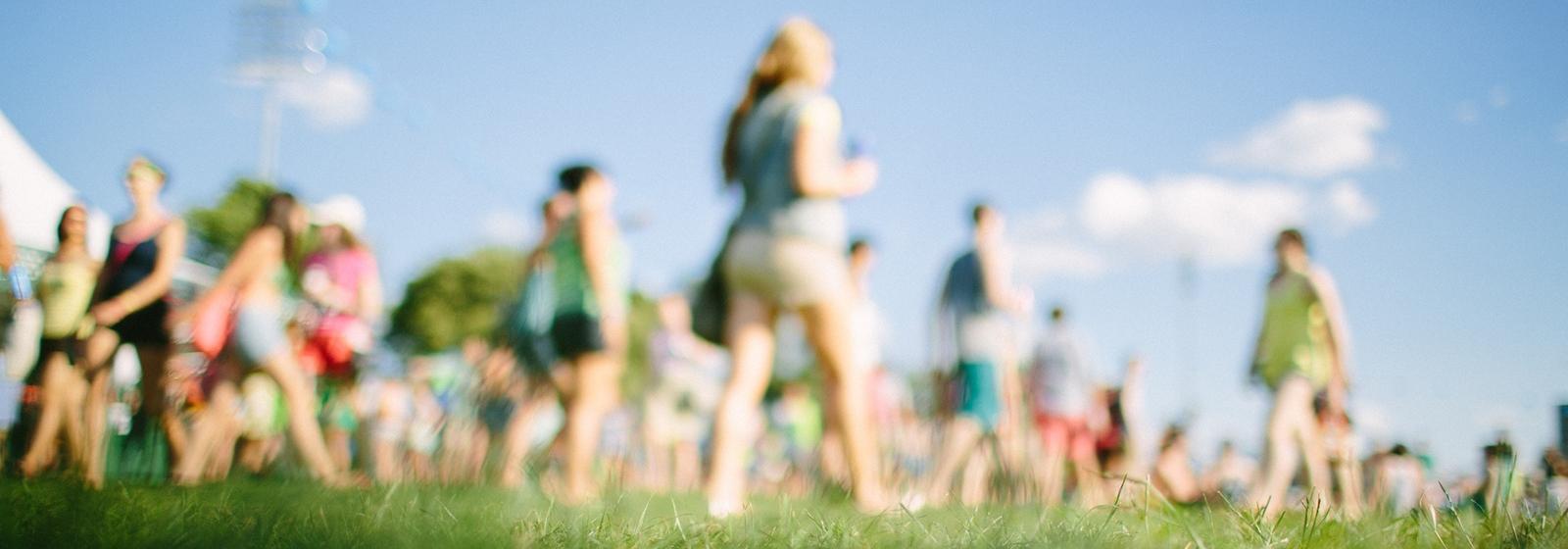 17 летних фестивалей в Москве и Питере