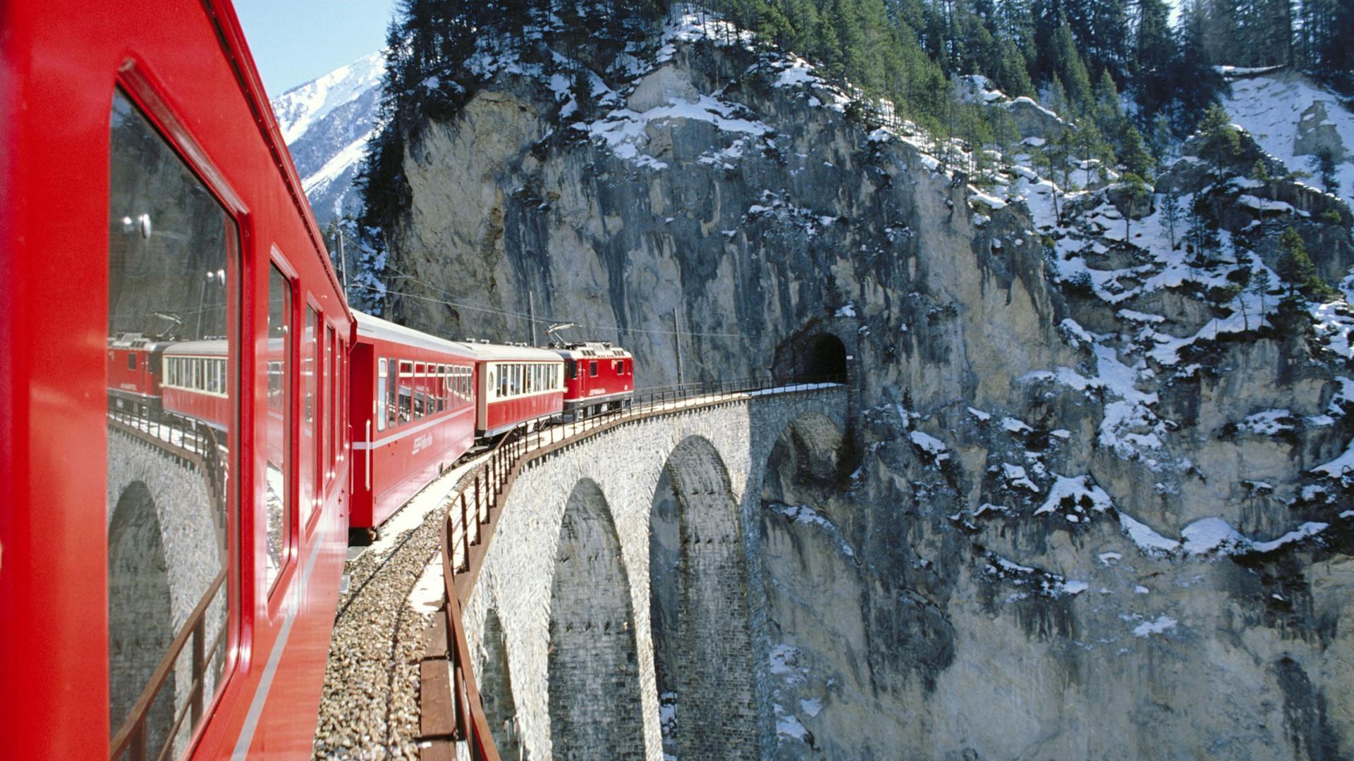 Через Альпы на поезде: самые красивые маршруты