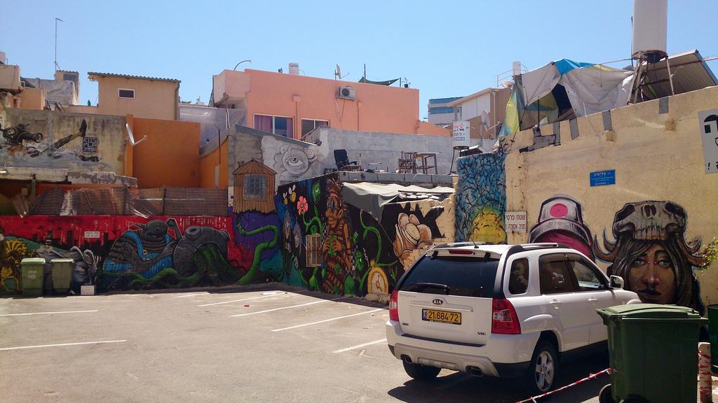 Неформальный Тель-Авив: где встретить серферов и граффитчиков
