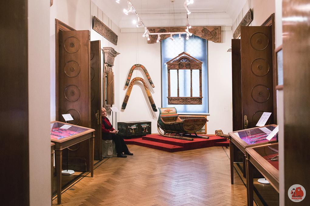 Музей декоративно-прикладного и народного искусства