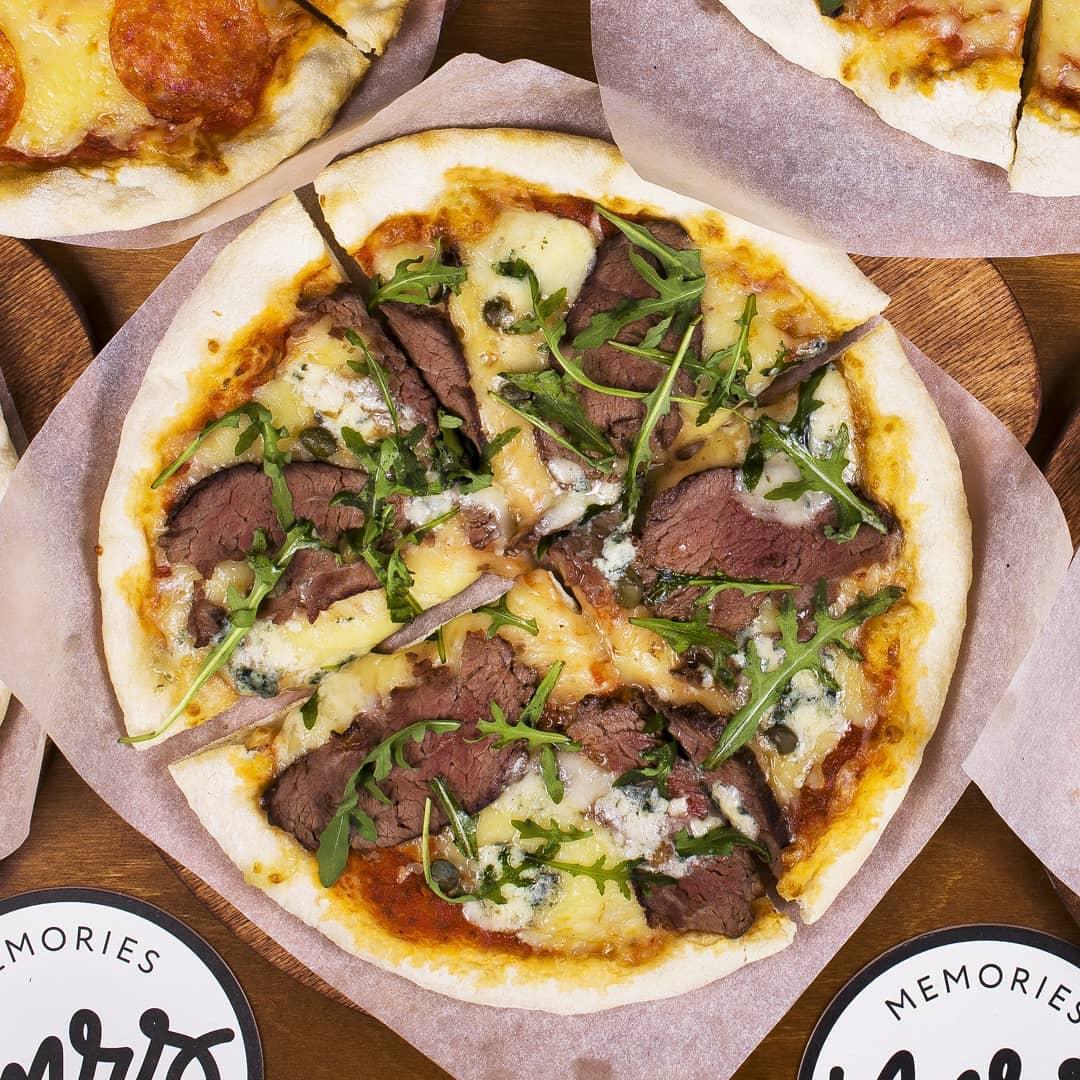Memories Pizza & Bar
