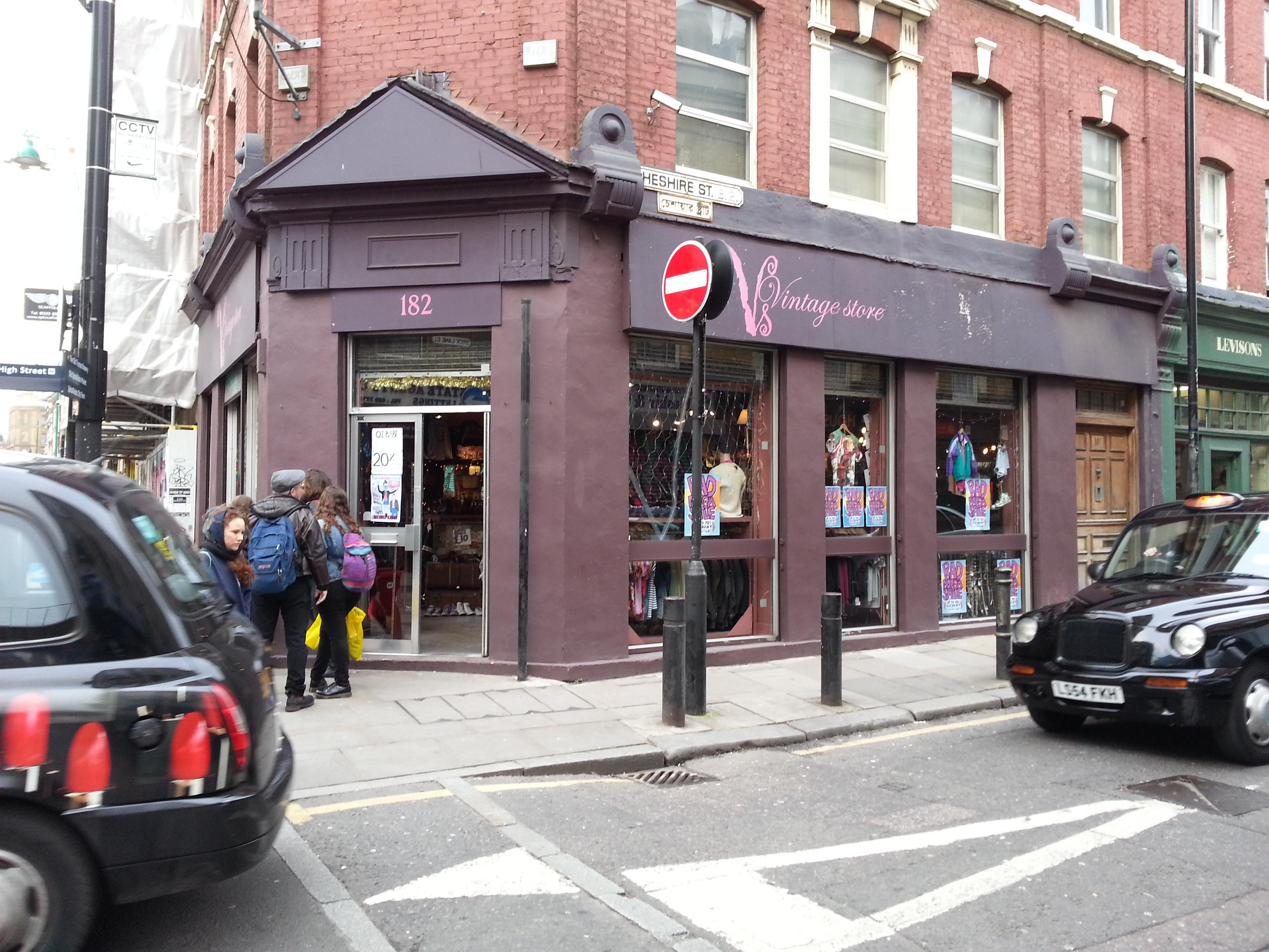 182 Vintage Store