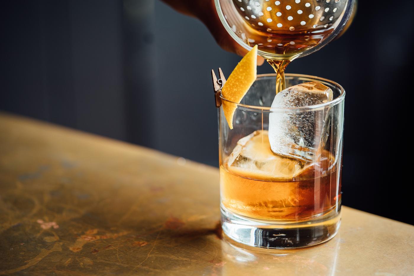 Ледяные коктейли в Барселоне: лучшие бары