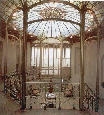 Осмотреть здания брюссельского модерна