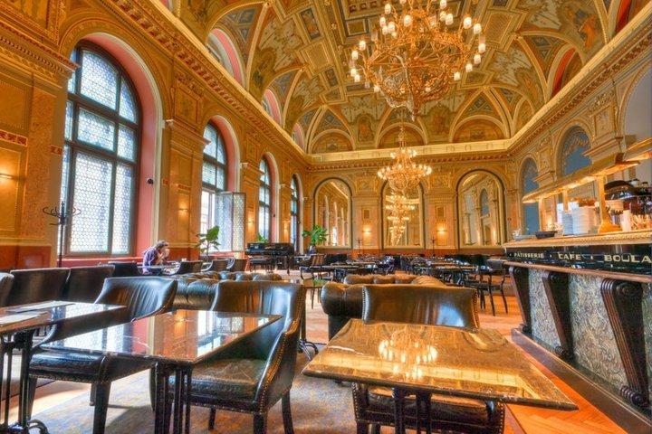 Alexandra Book Cafe - Lotz Terem