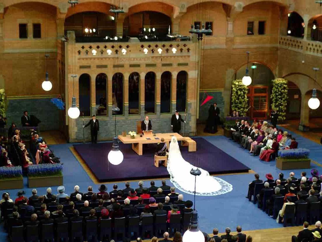 От церкви до сексшопа: Амстердам