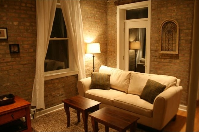 Roscoe Village Guesthouse