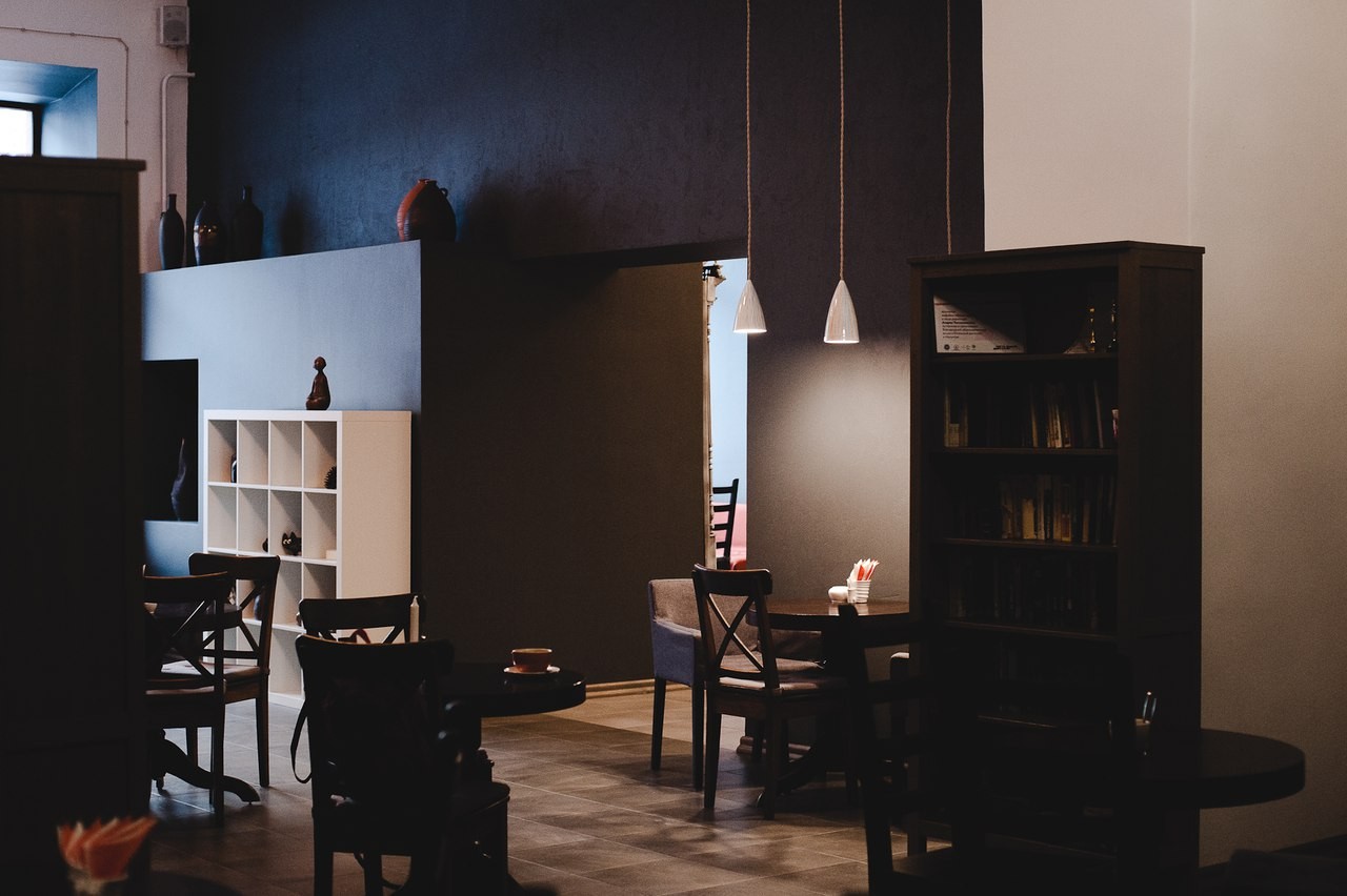 Кафе «Белая ворона»